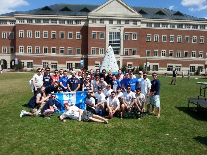 Phi Delta Theta Ct Alpha Walk For Als T-Shirt Photo