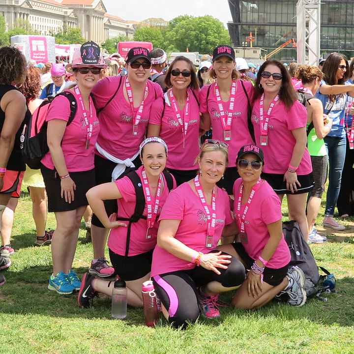 Dc Avon 39 The Walk To End Breast Cancer T-Shirt Photo