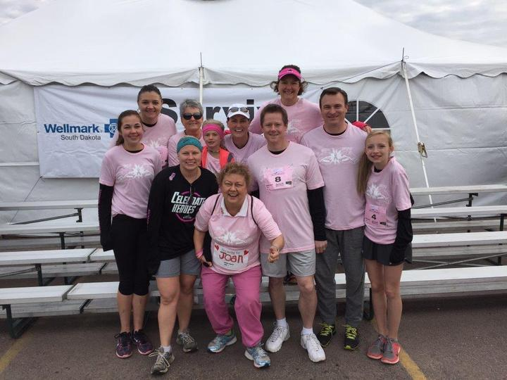 Avera Race Against Breast Cancer 2015 T-Shirt Photo