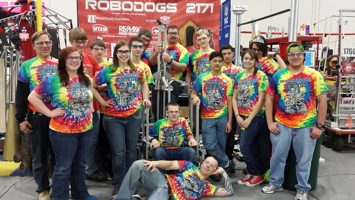 Crown Point Robo Dogs Robotics Team 2171 T-Shirt Photo