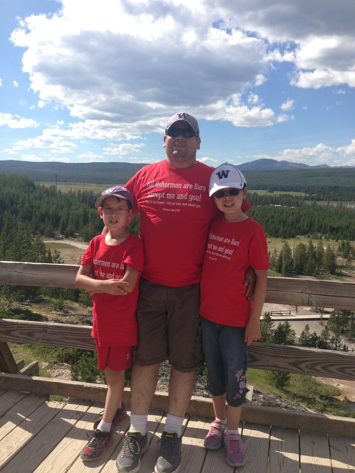 Having Fun In Yellowstone T-Shirt Photo