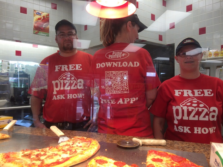 Free Pizza! T-Shirt Photo