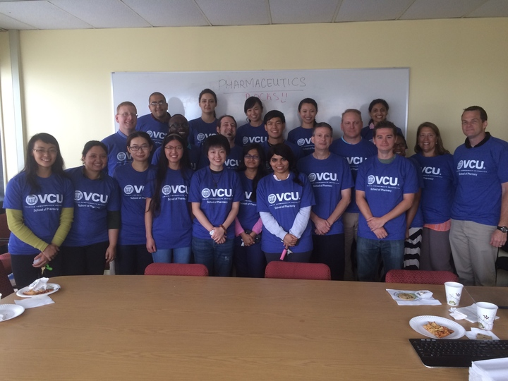 Welcome New Graduate Students! T-Shirt Photo