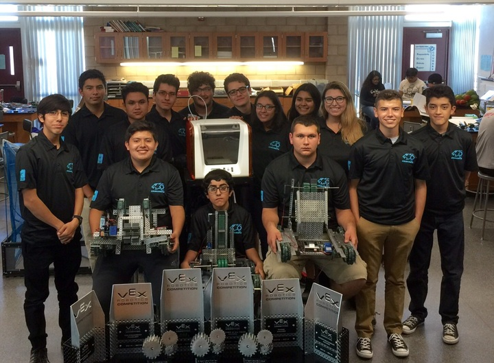 The Syhs Cougarbots Are Ready For The New Robotics Season! T-Shirt Photo