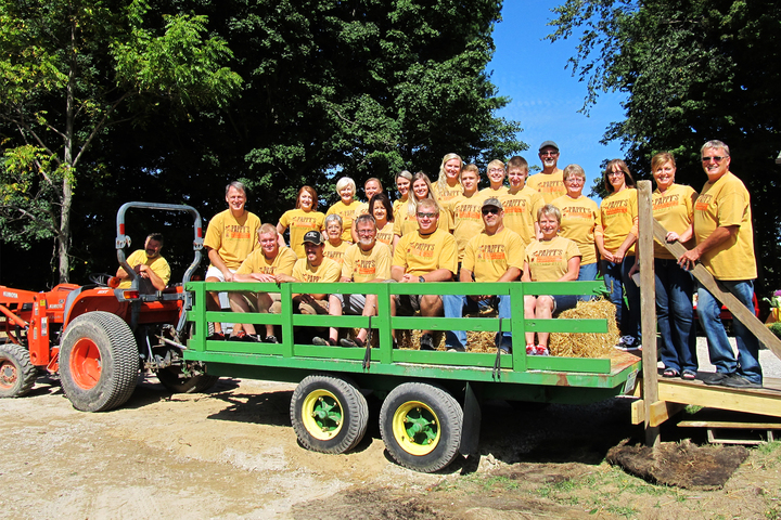 Team Vineyard 2121 At Our Pappy's Harvest Festival! T-Shirt Photo