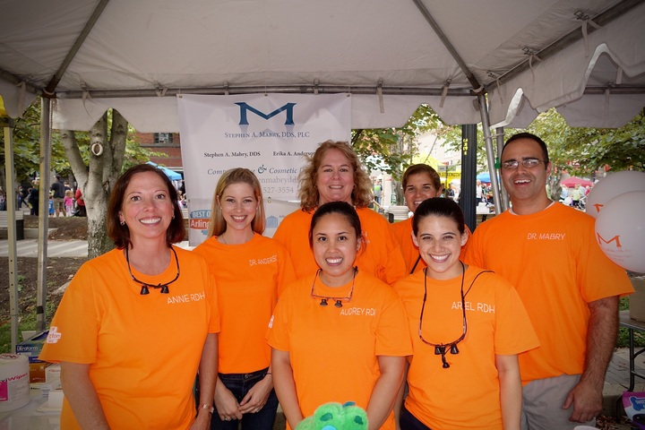 Mabrys Dental Team T-Shirt Photo