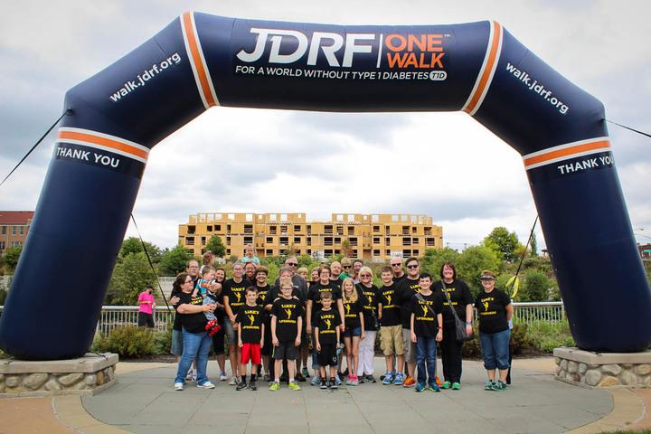 Luke's Lifesavers For Jdrf T-Shirt Photo