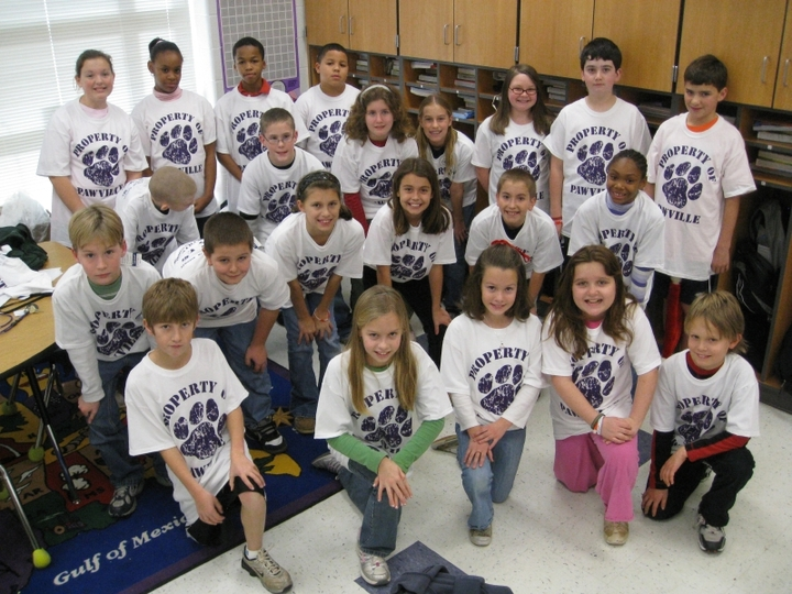 Mr. Andrews' 5th Grade Class T-Shirt Photo