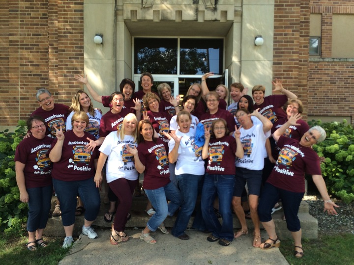 2015/16 Accentuate The Positive   Hms Elementary Where The Best Begin T-Shirt Photo