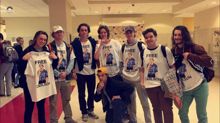 Free Carlson T-Shirt Photo