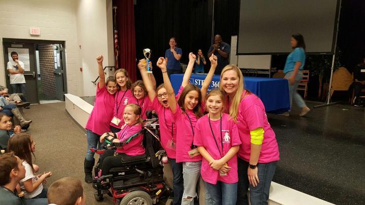 Robo Chicks Win!!! T-Shirt Photo