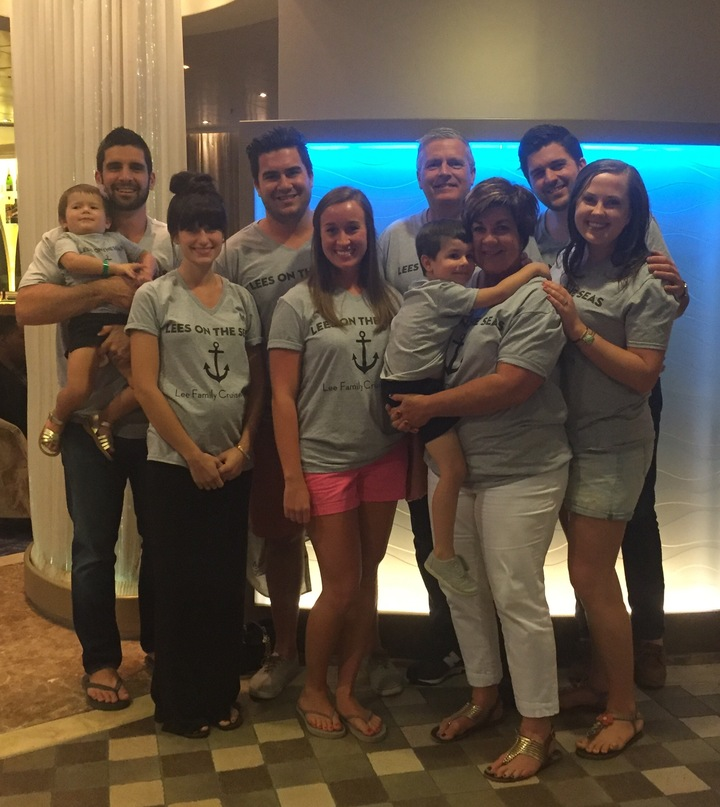 Lees On The Seas   Lee Family Cruise 2016 T-Shirt Photo