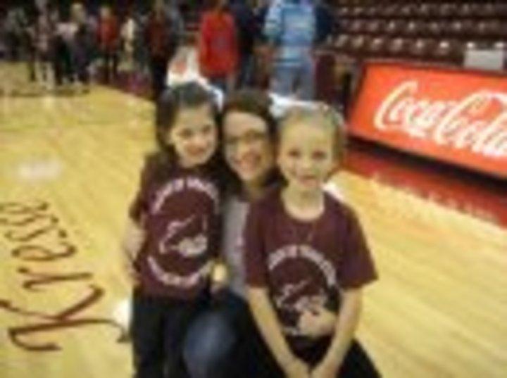 Kids Cheer T-Shirt Photo