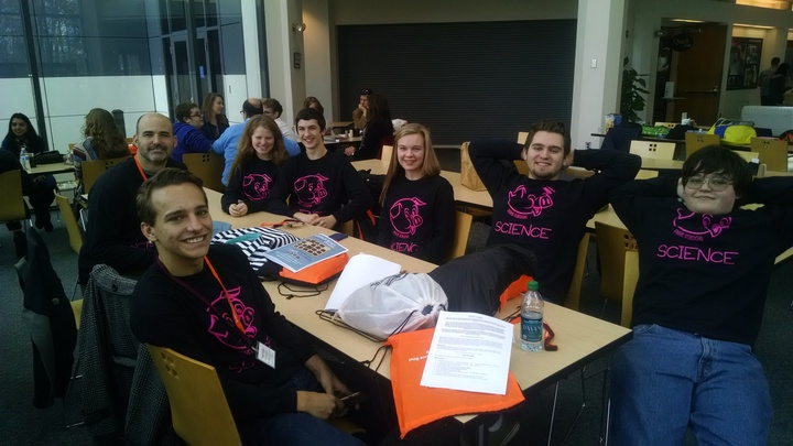 Phhs Science Quiz Bowl T-Shirt Photo