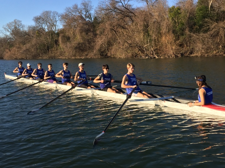 Trc Men's Varsity 8+ T-Shirt Photo