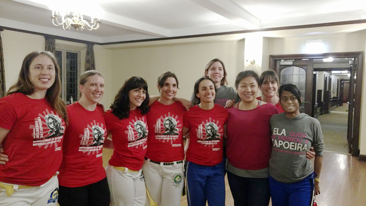 Mulheres Da Capoeira T-Shirt Photo