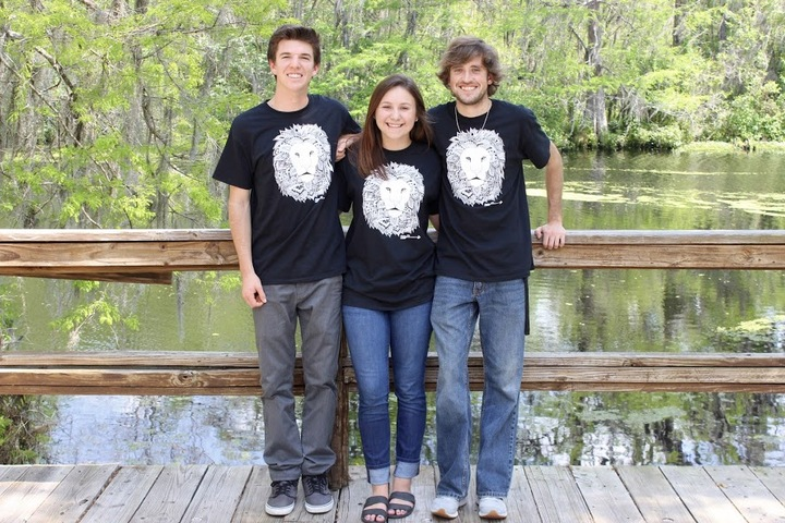 We Ain't Lion T-Shirt Photo