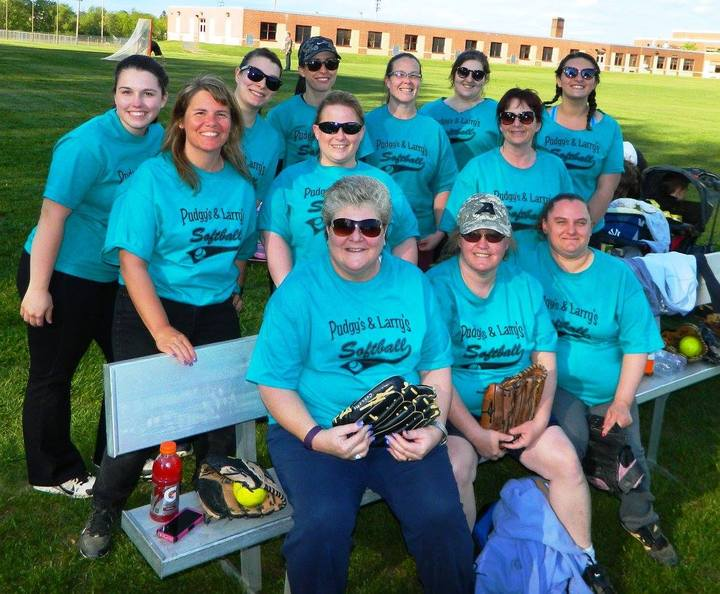 Pudgy's & Larry's Softball Team T-Shirt Photo