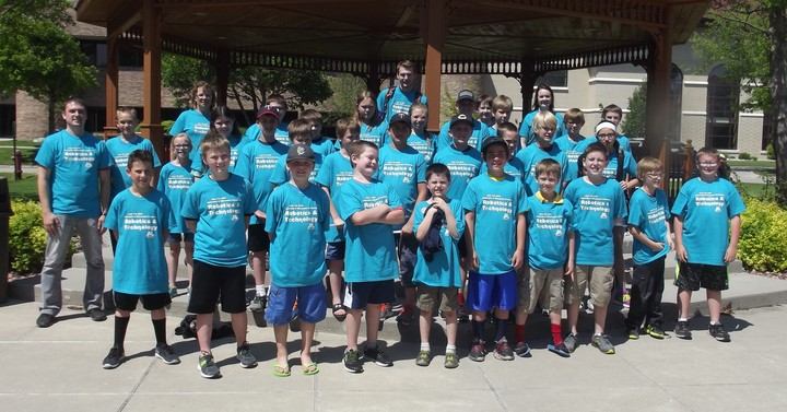 Umc Robotics & Technology Camp 2016 T-Shirt Photo