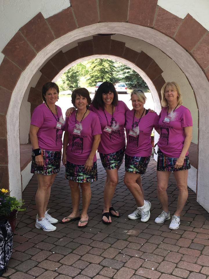 Rackettes Tennis Team T-Shirt Photo