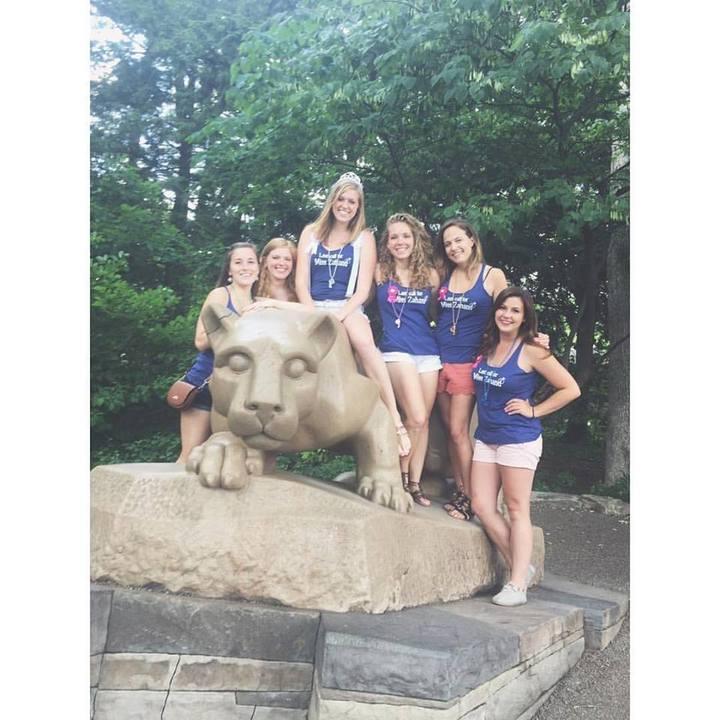 Lion Shrine! T-Shirt Photo