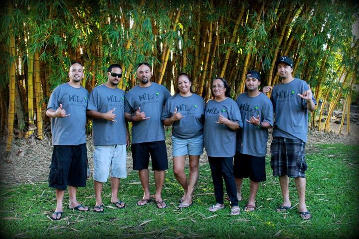 Family Reunion In Hilo, Hawaii T-Shirt Photo