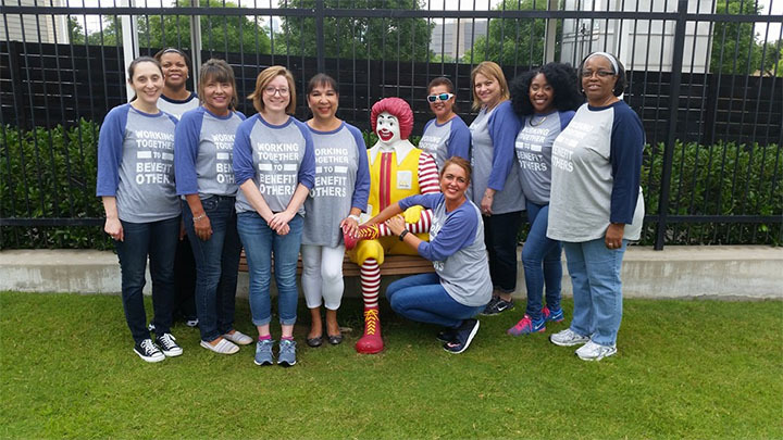 Fbs Volunteers At Ronald Mc Donald House  T-Shirt Photo