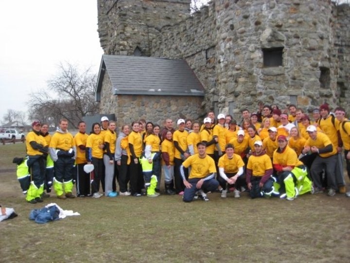 Iona Crew Spring Break 2009 T-Shirt Photo