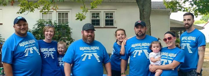 Parade Shirts T-Shirt Photo