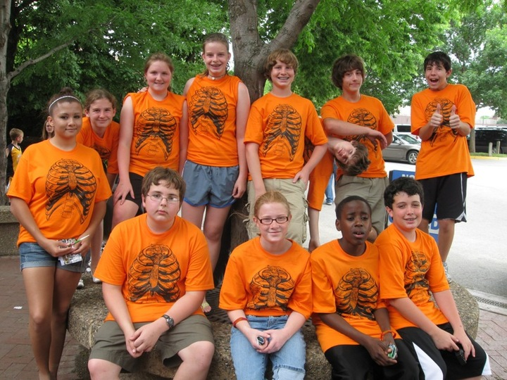 2009 Middle School Mission Trip T-Shirt Photo