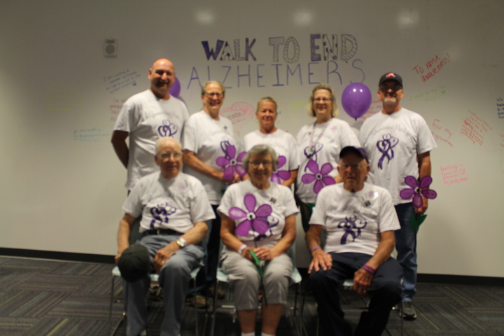 Walk To End Alzheimer's 2016 T-Shirt Photo