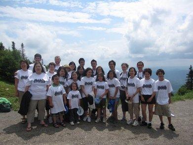 The Nguyen Family Reunion 2009 T-Shirt Photo