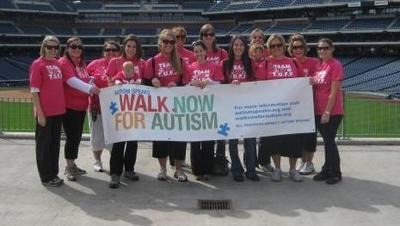 Walk Now For Autism Philadelphia T-Shirt Photo
