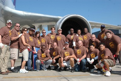 Ups Plane Pull For Charity T-Shirt Photo