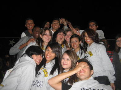 Knight High Seniors! 10 T-Shirt Photo