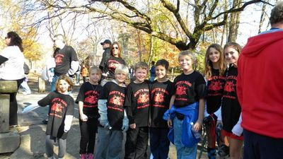 Brett's Band To Beat Diabetes! T-Shirt Photo