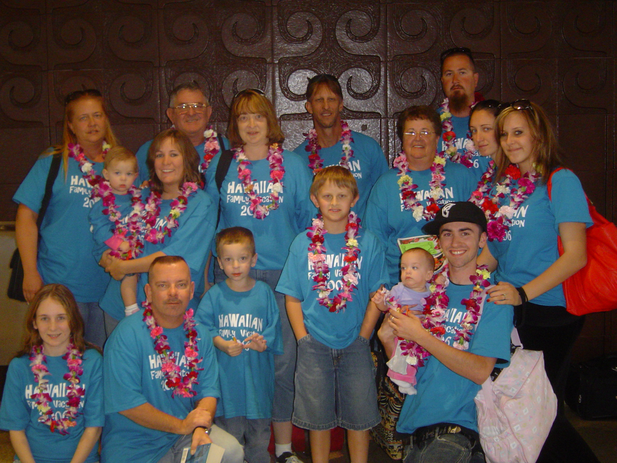 T shirt design hawaii - Hawaiian Family Vaction T Shirt Photo
