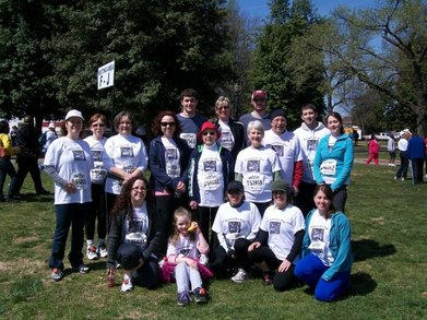 Richmond Va 10k Family Team T-Shirt Photo