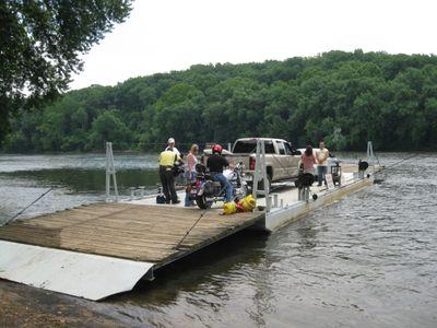 Hatton-ferry-pic
