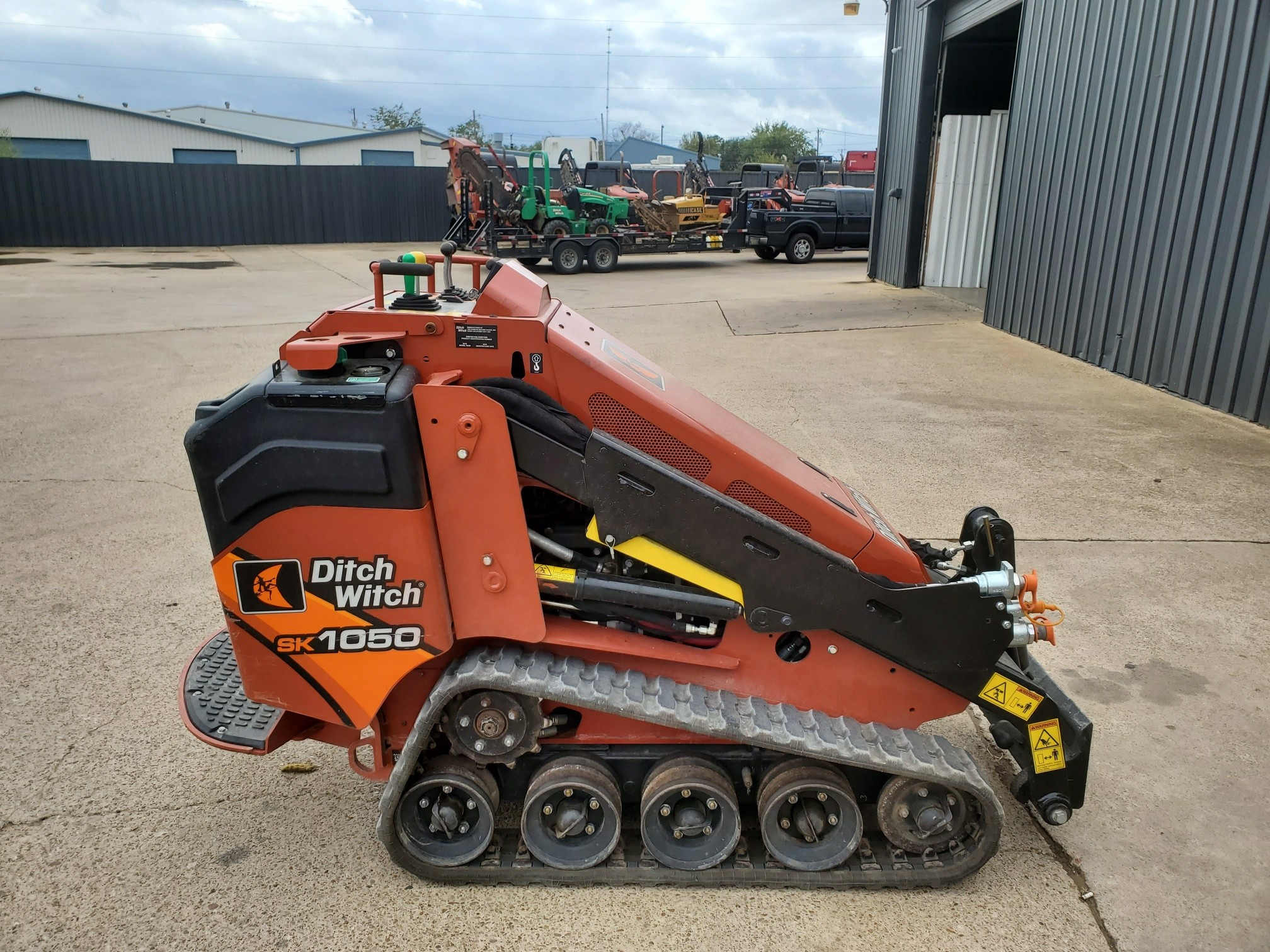 Used, 2019, Ditch Witch, SK1050, Skid Steers