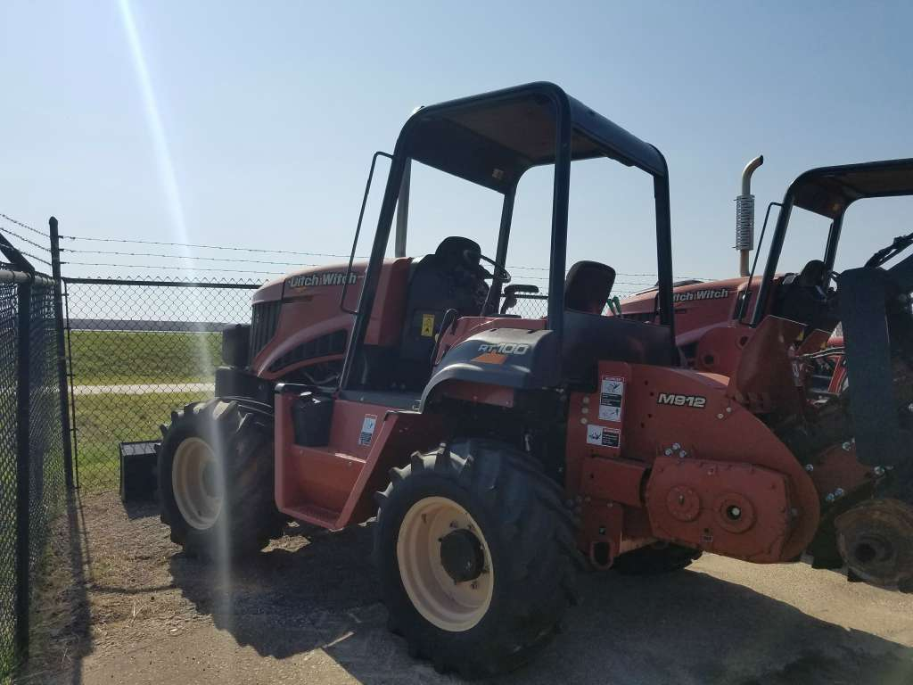 Used, 2014, Ditch Witch, RT100, Trenchers