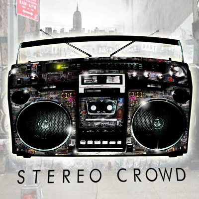 Stereo crowd front press
