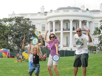 White house sound shape family
