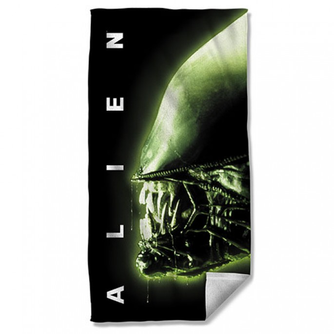 Aliens Head Beach Towel