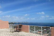 10 EDGEWATER DR # TS-D