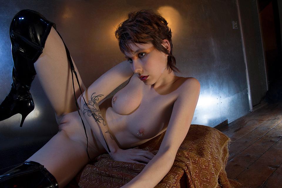 toronto nude ossington studio Nikon D3s
