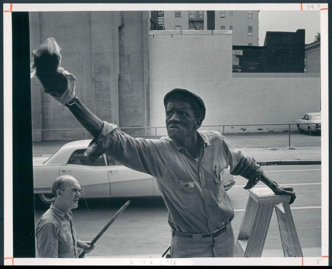 Aug. 30, 1970: Charlie Carroll wipes one clean. (Ellis J. Malashuk)
