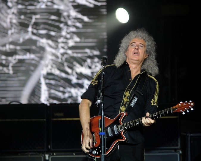 Queen guitarist and song writer Brian May performs at the Merriweather Post Pavilion. (Algerina Perna/Baltimore Sun)
