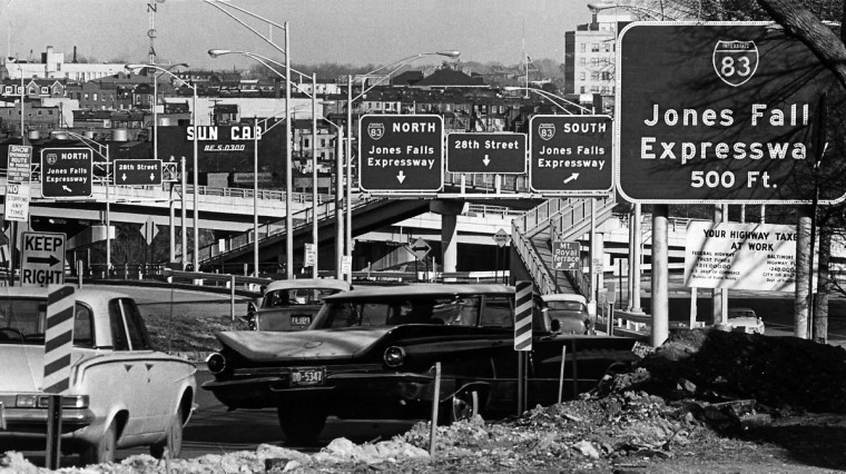 Eastbound motorists entering the Jones Falls Expressway in March 1965 . (William L. LaForce, Jr./Baltimore Sun)