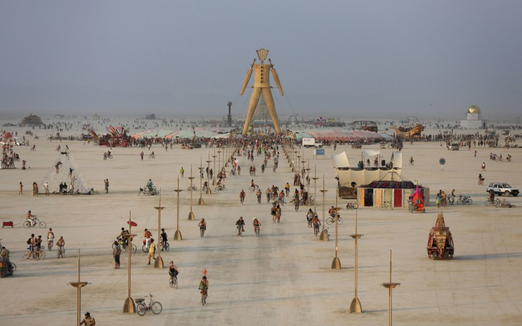 "A view of the Playa and the Man during the Burning Man 2014 ""Caravansary"" arts and music festival in the Black Rock Desert of Nevada, August 28, 2014. (Jim Urquhart/Reuters)"